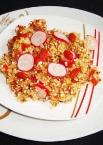 Taboulé de quinoa et de boulgour aux radis et aux baies de Goji