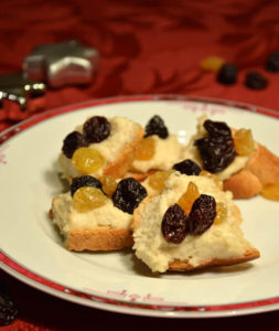 Coconut cashew and raisin spread
