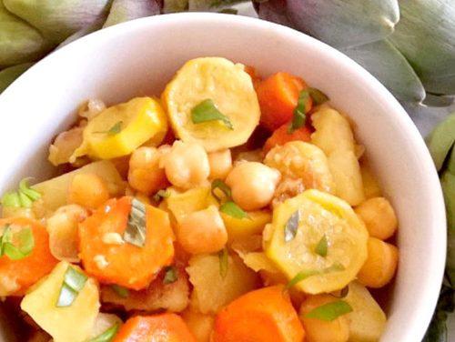Confit de légumes veggie aux amandes croquantes et basilic frais