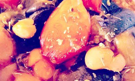 Confit d'aubergines, haricots blancs bio, et tomates du jardin au miel de Provence